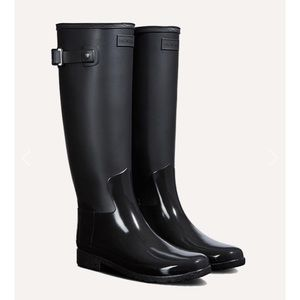 Hunter refined tall gloss duo black boots